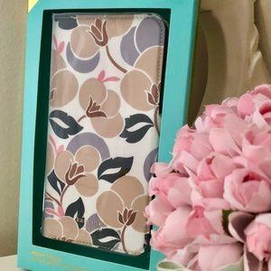 🎀Kate Spade Breezy Floral Wrap Folio IPhone Case